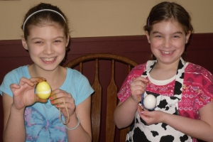 girls with eggs 13