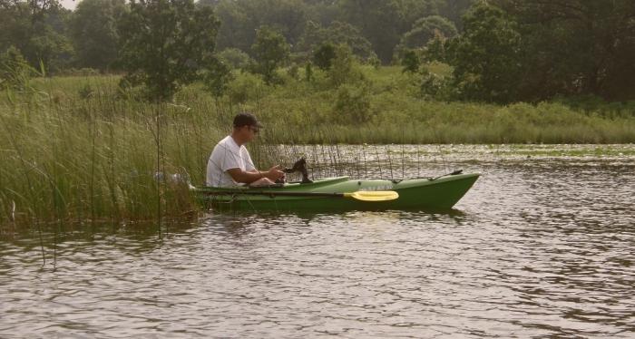 dad kayaking