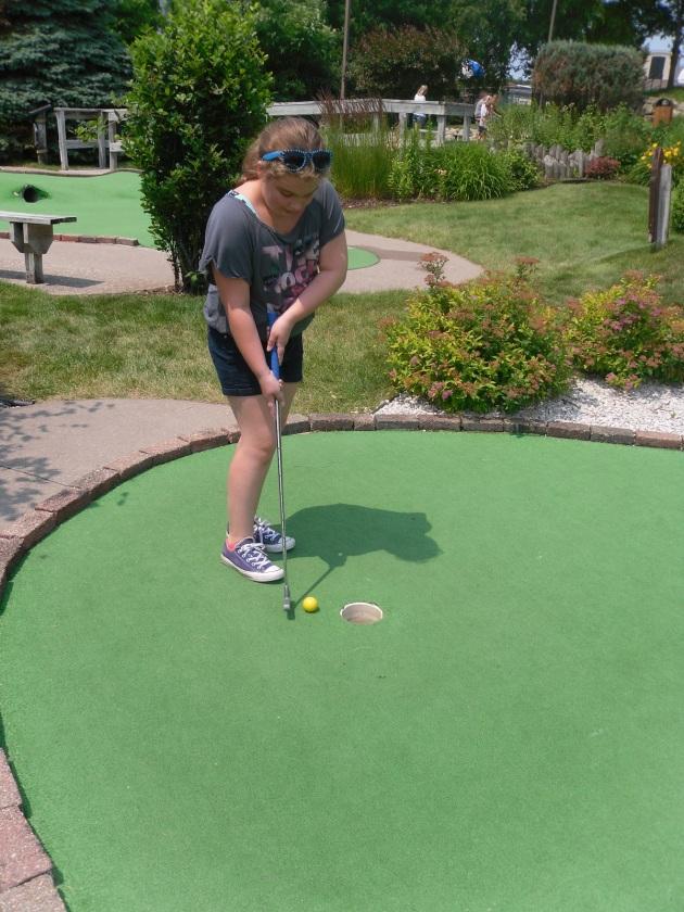 Carly golfing2